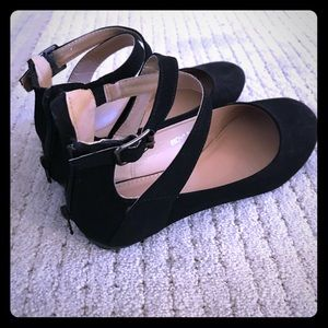 Top Moda black ballet flats with zip up back